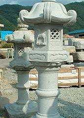 春日灯籠(岡崎型、庵治型)